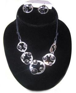 Wholesale Zinc Alloy Rhodium Plating PU Cord Glass Stone Fashion Imitation Jewelry Set pictures & photos