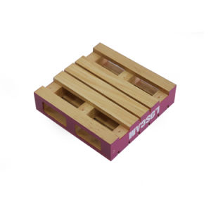Square Shape Paint Spraying Smooth Surface Wooden Coaster pictures & photos