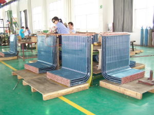 7mm Riffled Copper Tube Louvered Fin CO2 Commercial Heat Pump Heat Exchanger pictures & photos