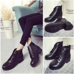 Latest PU Leather British Retro Lace with Thick Heel Promotional Winter Ankle Boots for Women pictures & photos