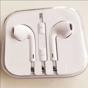 Factory Good Quality Cheap Wired Earphone for iPhone 6 Earphone Earpods with Mic Volume Control pictures & photos