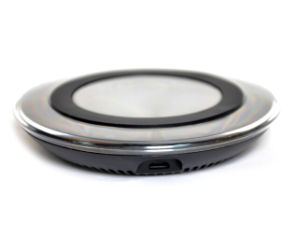 Quality White Fast Wireless Charger pictures & photos