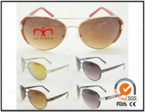 Classic Fashionable Hot Selling UV400 Protection Metal Sunglasses (30355) pictures & photos