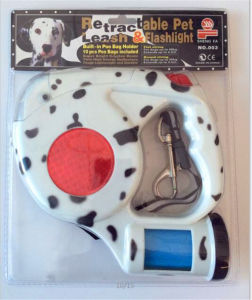 Retractable Dog Leash with Flashlight and Dog Poop Bag pictures & photos