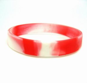 Custom Silicone Rubber Bracelet Silicone Wrist Bands pictures & photos