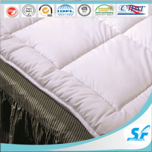 Hotel Home Used Cotton Cover Feather Down Matterss Topper pictures & photos