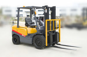 New Forklift Price 2ton Diesel Forklift with Japanese Engine pictures & photos