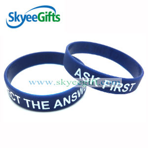 Wholesale Custom Cheap Silicone Wristbands pictures & photos