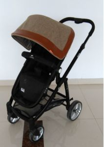 2017 New Design Aluminum Baby Stroller with Carry Cot (H5106) pictures & photos