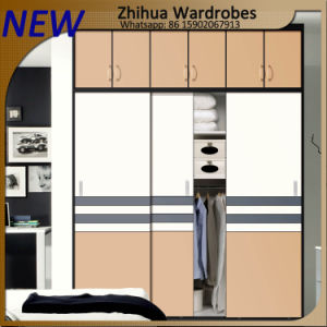 Zhihua New Design Wardrobe Cabinet Sliding Doors pictures & photos