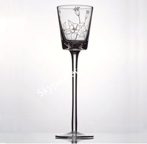 Hand Blown Long-Stemmed Glass Candle Holder pictures & photos