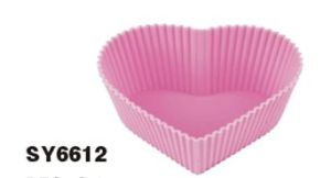 Silicone Heart-Shape Cake Cup & Cake Mould &Bakeware FDA/LFGB (SY6612) pictures & photos