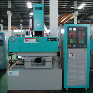 Big Manufacturer Sinker EDM Machine pictures & photos