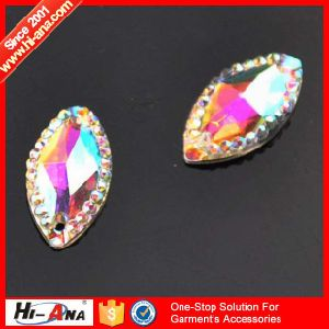Over 20 Years Experience Various Colors Rhinestone Shoe Applique pictures & photos