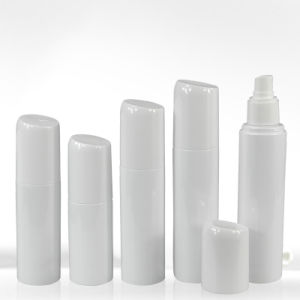White Plastic Mist Spray Pump Bottle in China pictures & photos