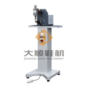 Ds-309 Leather Upper Pounding Machine for Shoe pictures & photos