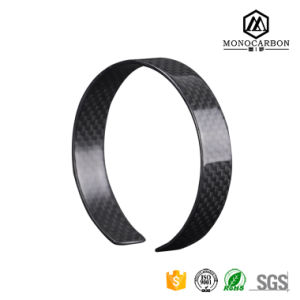 Napov OEM Best Girls Carbon Fiber Fnacy Bracelet, Ladies Personalized Family Name Bracelet pictures & photos