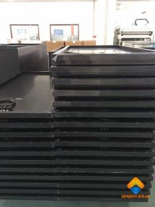 245-270W High Efficiency Poly-Crystalline PV Solar Panel Module (All Black) pictures & photos