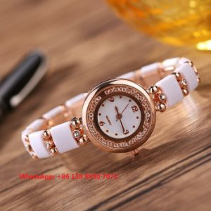 Excellent Quartz Women′s Watch with Alloy and Ceramic Strap Fs665 pictures & photos