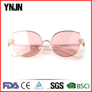 New Designer Personality Ladies Cat Eye Fashion Sunglass (YJ-F83761) pictures & photos