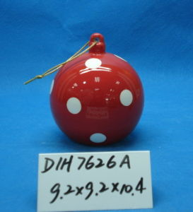 Round Ceramic Hanging Ball for Christmas Tree Decoration pictures & photos