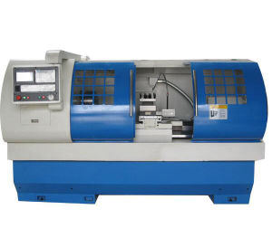 CNC Lathe with Flat Bed and Hardened Rail Ek6150X750