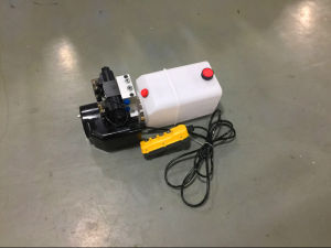 DC Hydraulic Power Unit with Plastic Tank pictures & photos