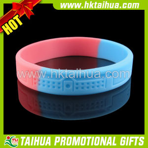 Debossed Logo Silicon Bracelets with Segmented Color (TH-band033) pictures & photos