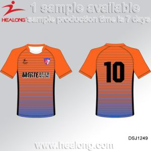 Healong 100 Polyester Digitally Sublimated Strip Soccer Uniform Football Set pictures & photos