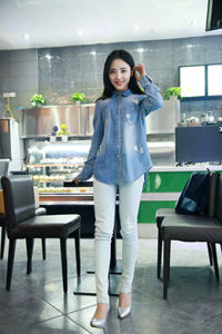 Women′s Denim Shirt