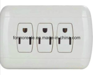 Standard Type Three Way Socket for Peru Market pictures & photos