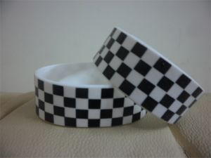 Customized Personalized Text for Adult 3/4inches Wide Rubber Silione Wristband for Events P082702