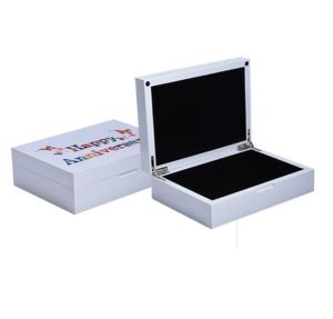Matt White Painting Wood Gift Box for Souvenirs pictures & photos