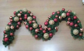 Christmas Ornaments Gifts. Christmas Decorations Garland (TV581) pictures & photos