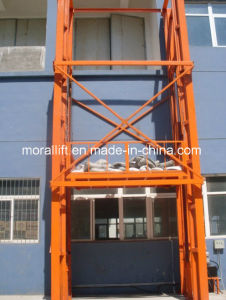 Vertical Rail Freight Platform Lift pictures & photos