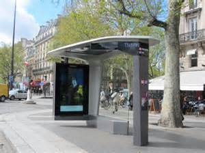 Modern Simple Bus Kiosk with LED Cabinet pictures & photos