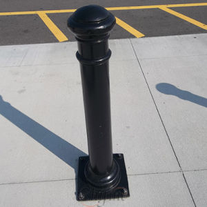 Hot Sale Street Double Bollards pictures & photos