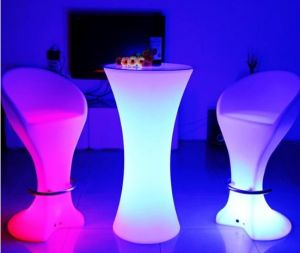 Outdoor Plastic Tables and Chairs, Outdoor Curved LED Bar pictures & photos
