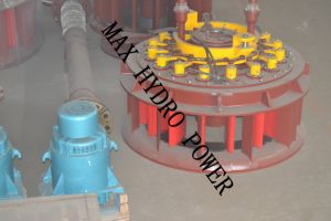 Small Propeller Hydro (Water) Turbine Generator pictures & photos