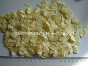 Dehydrate Garlic Flakes Without Root Grade a pictures & photos