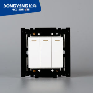 PC White Series 3gang Wall Switch pictures & photos