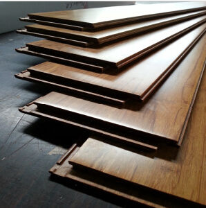 Hand Scraped/Carbonized/Strand Woven Bamboo Flooring pictures & photos