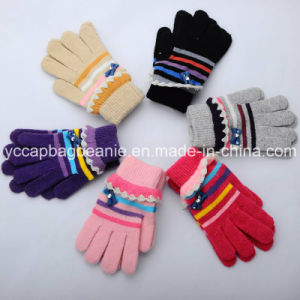 Magic Gloves/Girls Knitted Gloves/Lady′s Crlic Glives/Fashonal Witner Gloves/Winter Gloves pictures & photos