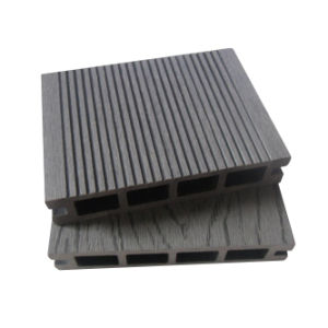 Grey Wood Plastic Composite Deck Floor (135*25) pictures & photos