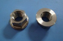 Prevailing Torque Type All-Metal Hexagon Nuts with Flange DIN 6927 pictures & photos