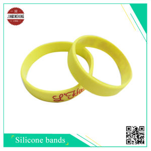 Beautiful Customized Silicone Band with Silk-Screen pictures & photos
