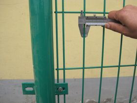 Superiorer Bilateral Mesh Fence Lower Factory Price pictures & photos