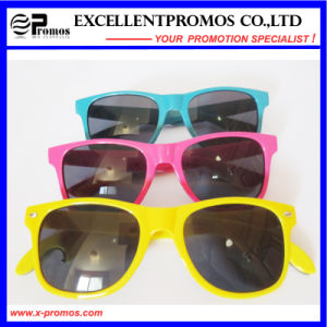 2015 Latest Design High Quality Wholesale Cheap Sunglasses (EP-G9212) pictures & photos