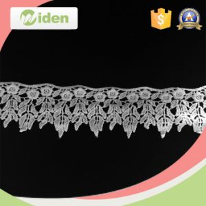 Sequence Lace Fabric Honeycomb Web Floral Pattern Chemical Lace pictures & photos