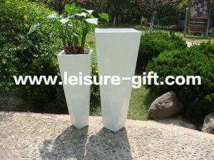 Fo-315 New White Garden Fiberglass Flower Planter pictures & photos